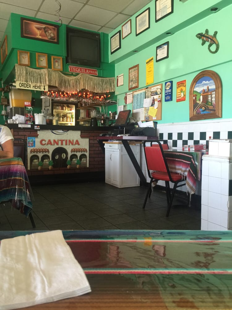 Crystal Lake (IL) United States  city images : ... Crystal Lake, IL, United States Restaurant Reviews Phone Number