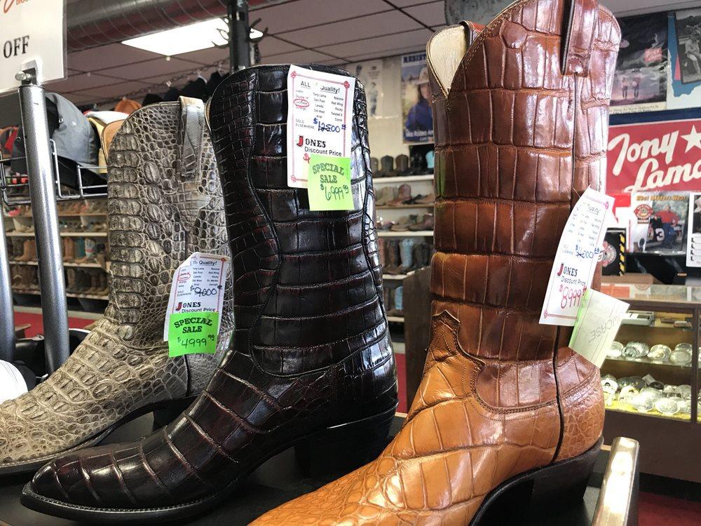 Jones Twine Wire & Boots: 223 W Main, Sheldon, MO