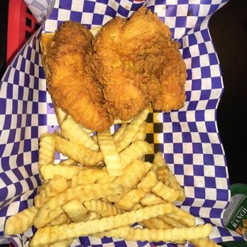 Big shake s hot chicken fish 40 photos 97 reviews for Jordan s fish and chicken menu