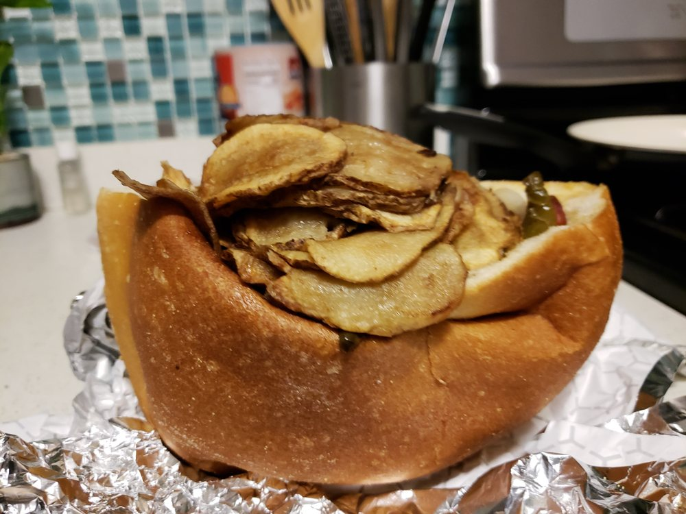 Tommy's Italian Sausage & Hot Dogs: 900 2nd Ave, Elizabeth, NJ
