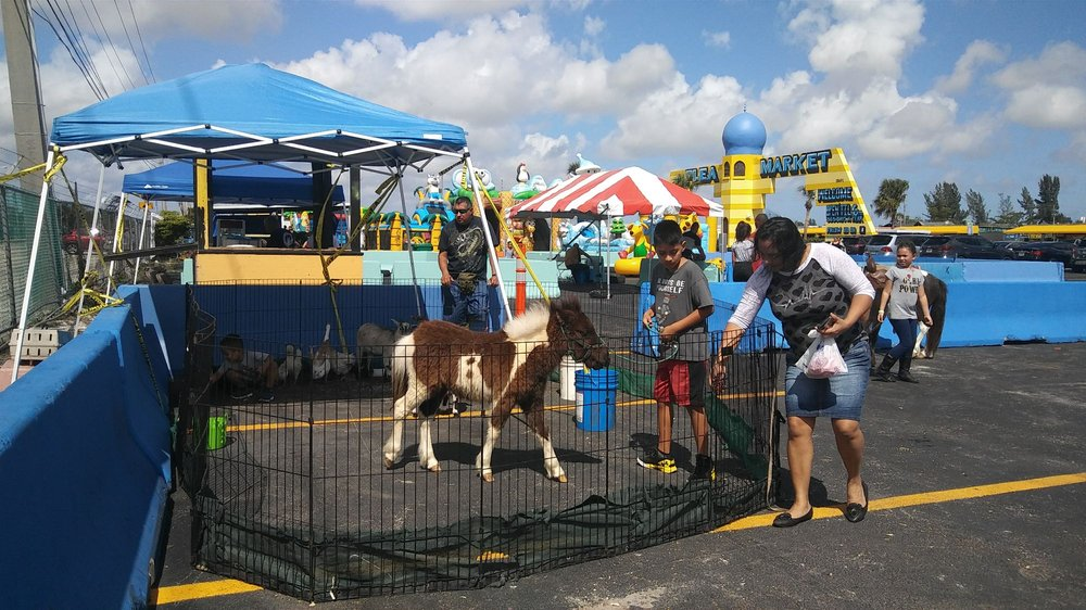 Opa-Locka Hialeah Flea Market