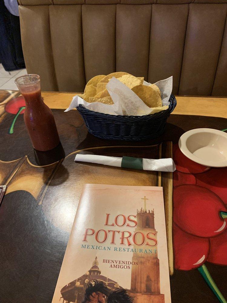Los Potros Mexican Restaurant: 5611 Ringgold Rd, East Ridge, TN