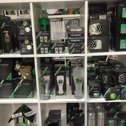 Hannover 96 fanshop 10 reviews souvenir shops robert for Souvenir shop hannover
