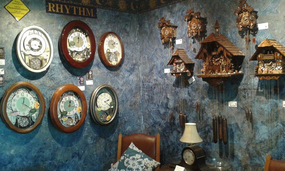 Willy's Tick-Tock Clock Repair Shop: 500 S Gerrard St, Chenoa, IL