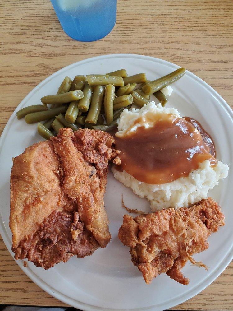 Okefenokee Restaurant: 1507 3rd St, Folkston, GA