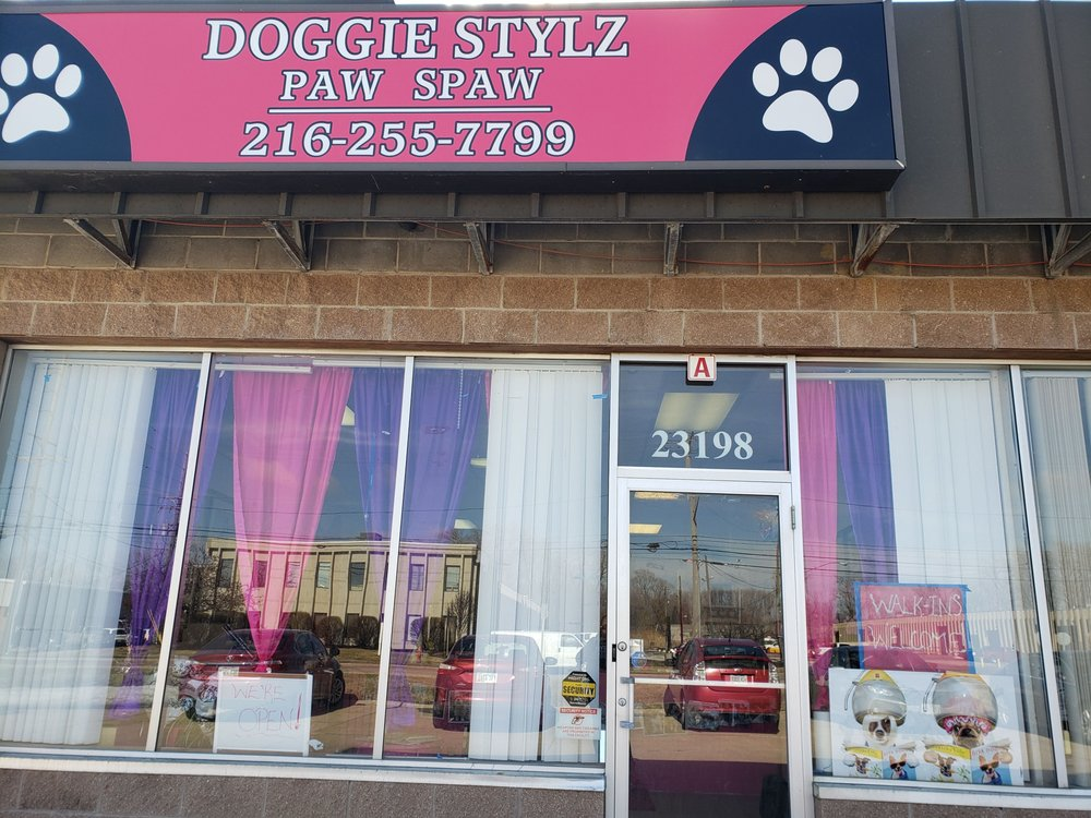 Doggie Stylz Paw Spaw: 21398 Miles Rd, Bedford Heights, OH