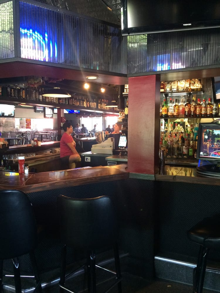 HR Pesty's Saloon: 258 4th Ave N, Waite Park, MN