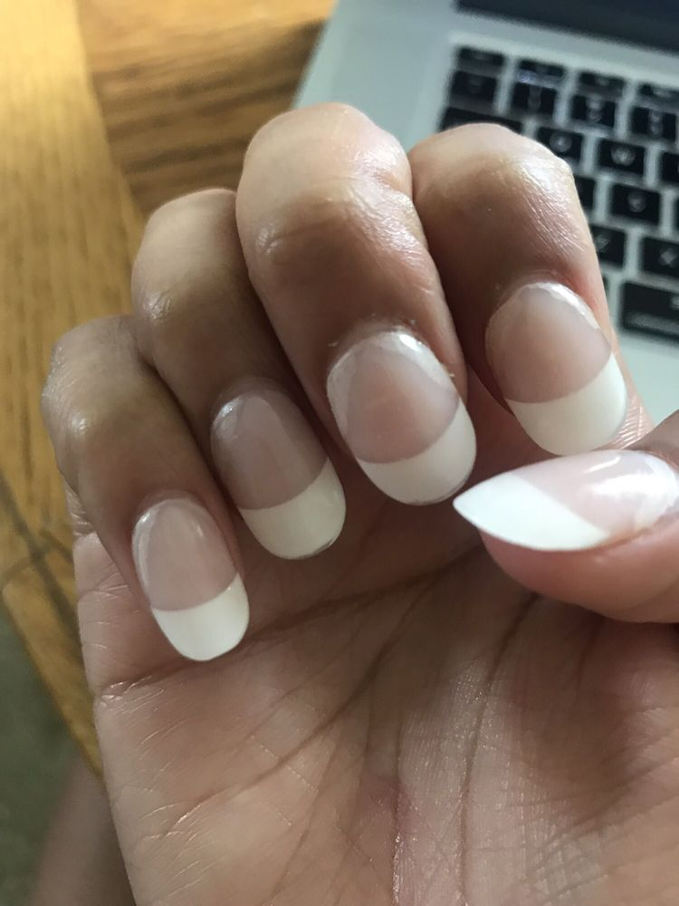 L A Nails: 2606 S Louise Ave, Sioux Falls, SD