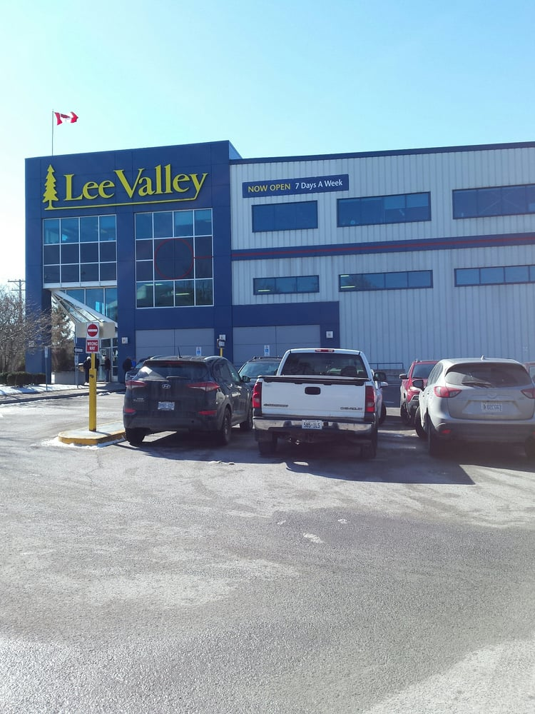 Lee valley tools gardening centres 900 morrison dr for Gardening tools ottawa