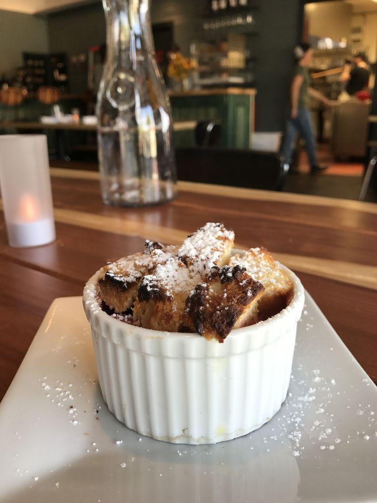 Kerouac's Restaurant & Bar: 115 S Baker Ave, Baker, NV