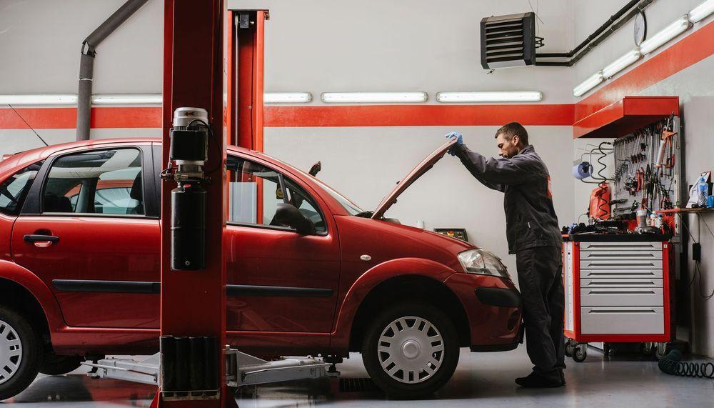 Max's Truck Tire Repairs: 717 Overseas Hwy, Key West, FL