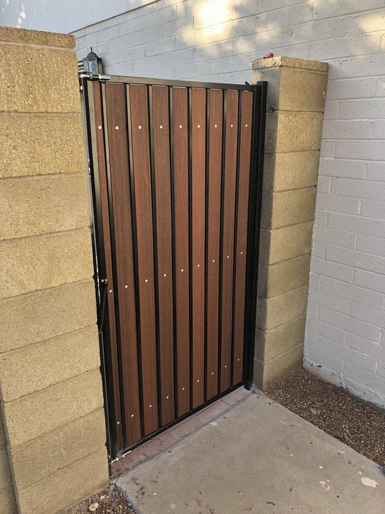 Handy gate man