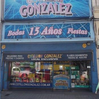 Cotillon González - 12 Photos - Party Supplies - San Luis 1159 ... 0a4b717a179