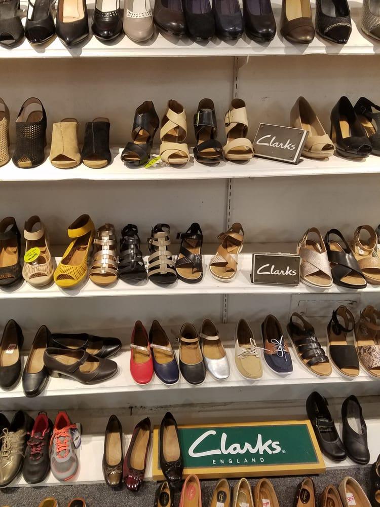 aa63482016cd Bentley s Shoes - 23 Photos   19 Reviews - Shoe Stores - 144 Montague St