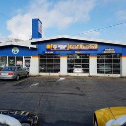 Chucks Auto Body >> Pat Chuck S Auto Repair Auto Repair 2100 E Touhy Ave Des