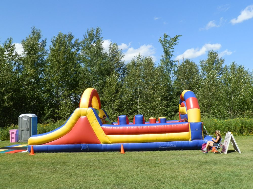 Doucette's Party & Tent Rentals: 3931 E Calvary Rd, Duluth, MN