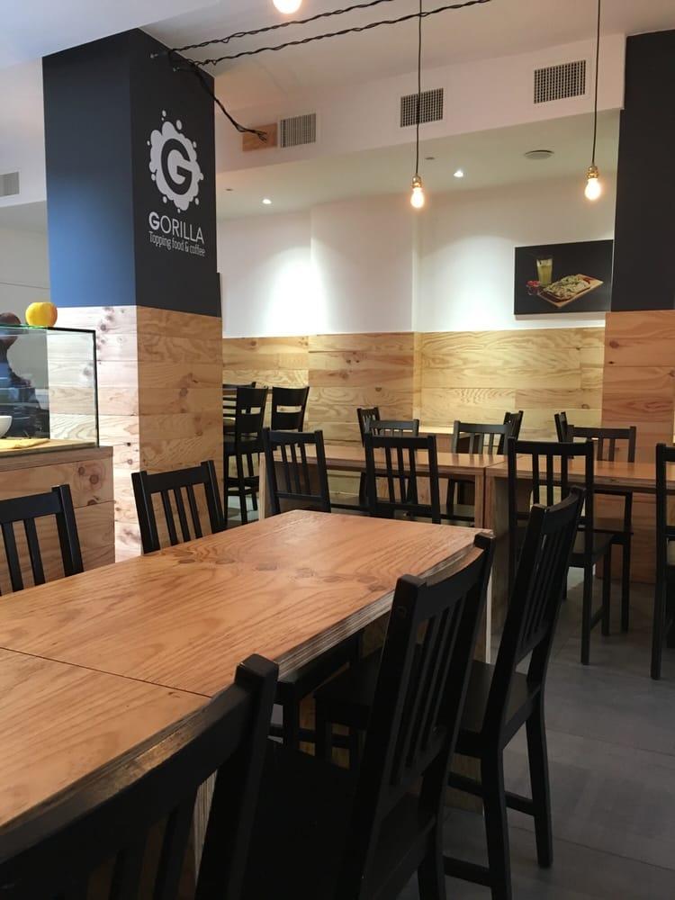 Gorilla 85 photos 35 avis caf s 72 74 rue de paris for Restaurant laille 35