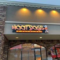 Hoot Dogs: 150 Bartlett Plz, Bartlett, IL