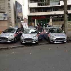 Photo de Auto École Blanc Bleu - Paris, France. Conduite sur voiture neuves 94f17dae75bc