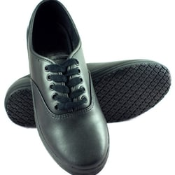 photo of townforst slip resistant shoes hayward ca united states