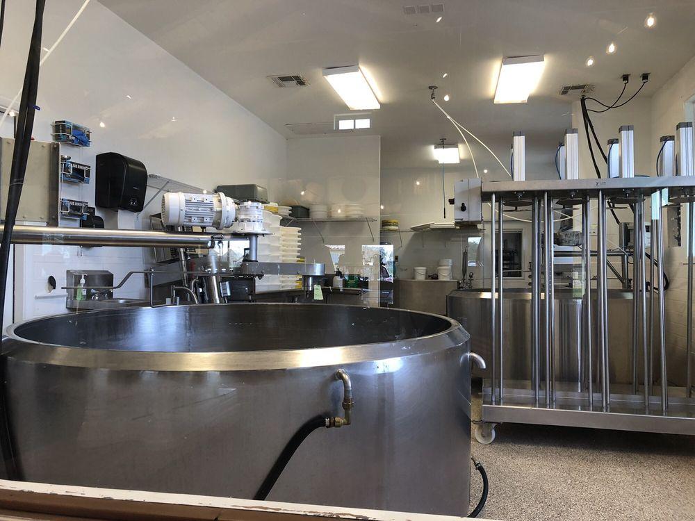 Brazos Valley Cheese: 206 Halbert Ln, Waco, TX