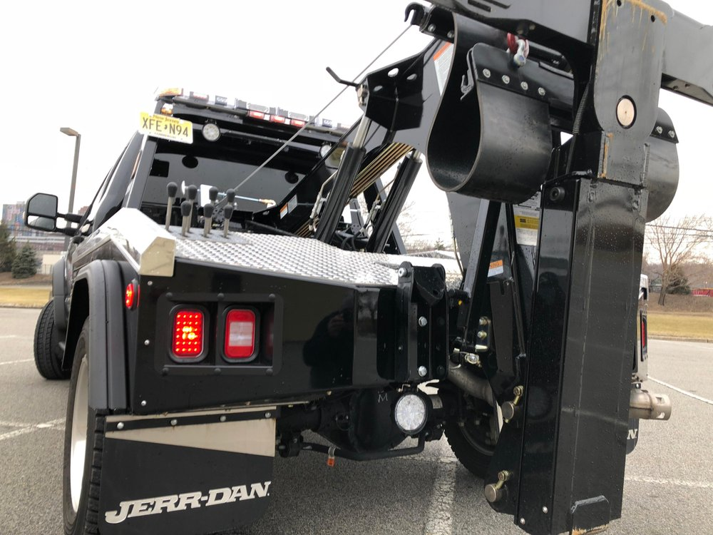 Towing business in West New York, NJ