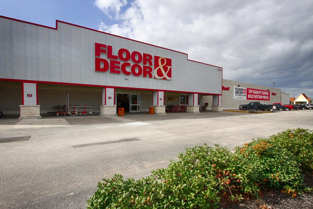 Floor decor 69 foto e 24 recensioni oggettistica per for Calcare di piani casa texas