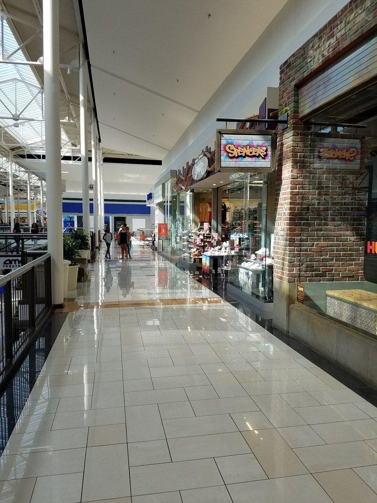 Deerbrook Mall: 20131 Hwy 59 N, Humble, TX