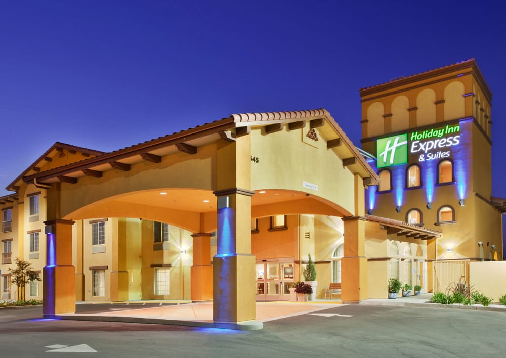 Holiday Inn Express & Suites Willows: 545 Humboldt Ave, Willows, CA