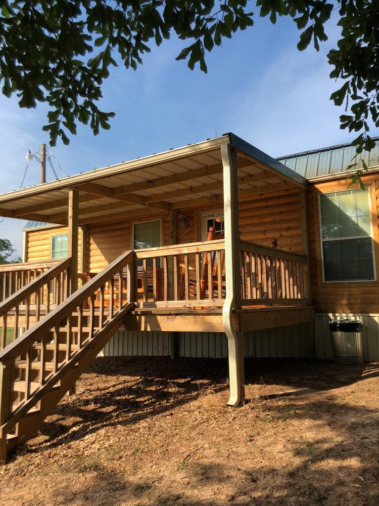 Eagle Nest Hidden Lake Resort: 19299 US Hwy 59 N, Garrison, TX