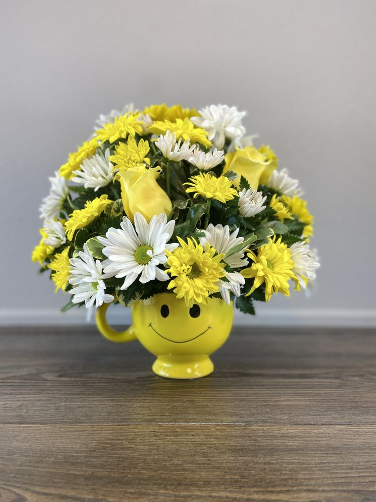 Flower Power - Flowers, Wine and More: 6250 Grandview Pkwy, Davenport, FL