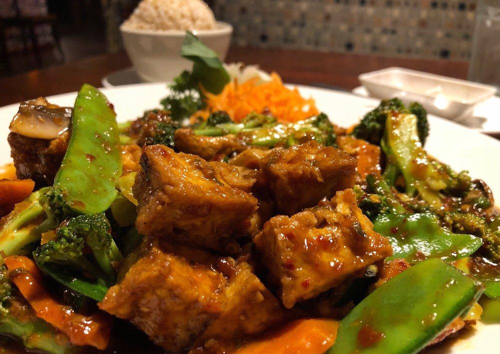 Chin Chin Chinese Restaurant: 837 Hwy 400 S, Dawsonville, GA