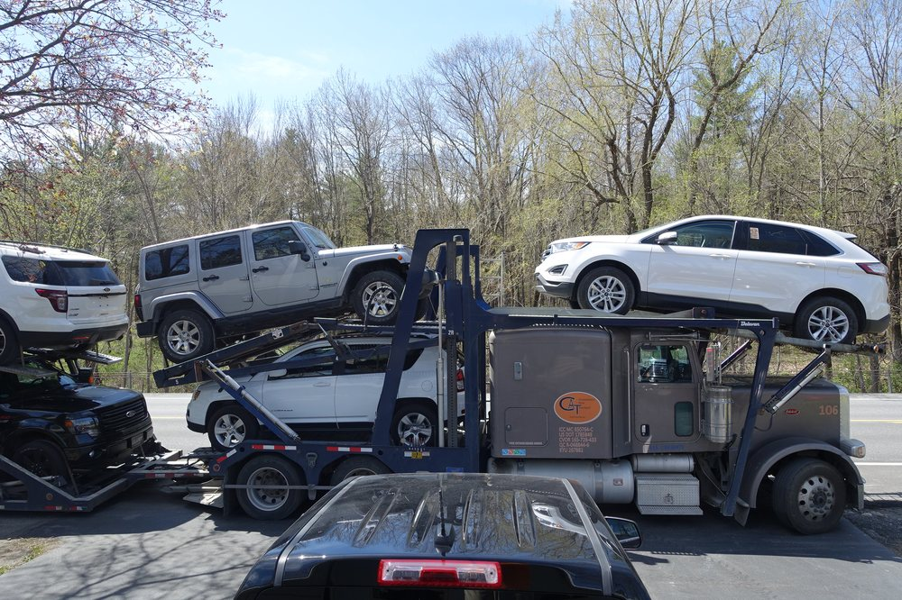 Quinn Motor Car: 3502 Ny Hwy 43, West Sand Lake, NY