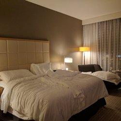 2 Four Seasons Hotel