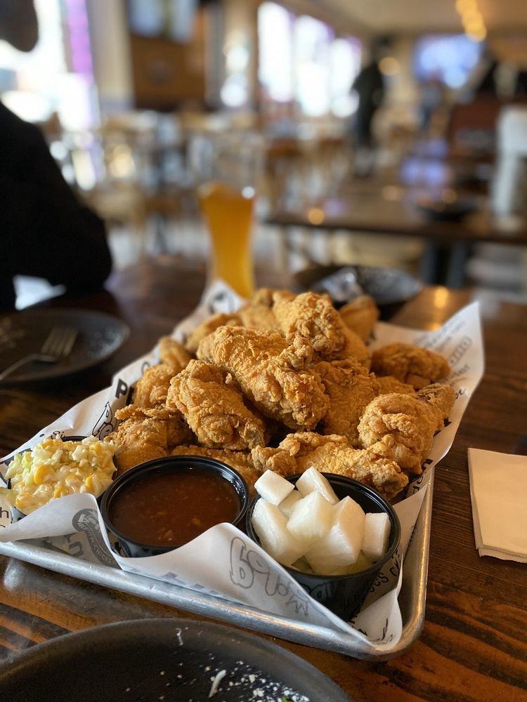 Pelicana Chicken: 411 Washington Ave, Dumont, NJ