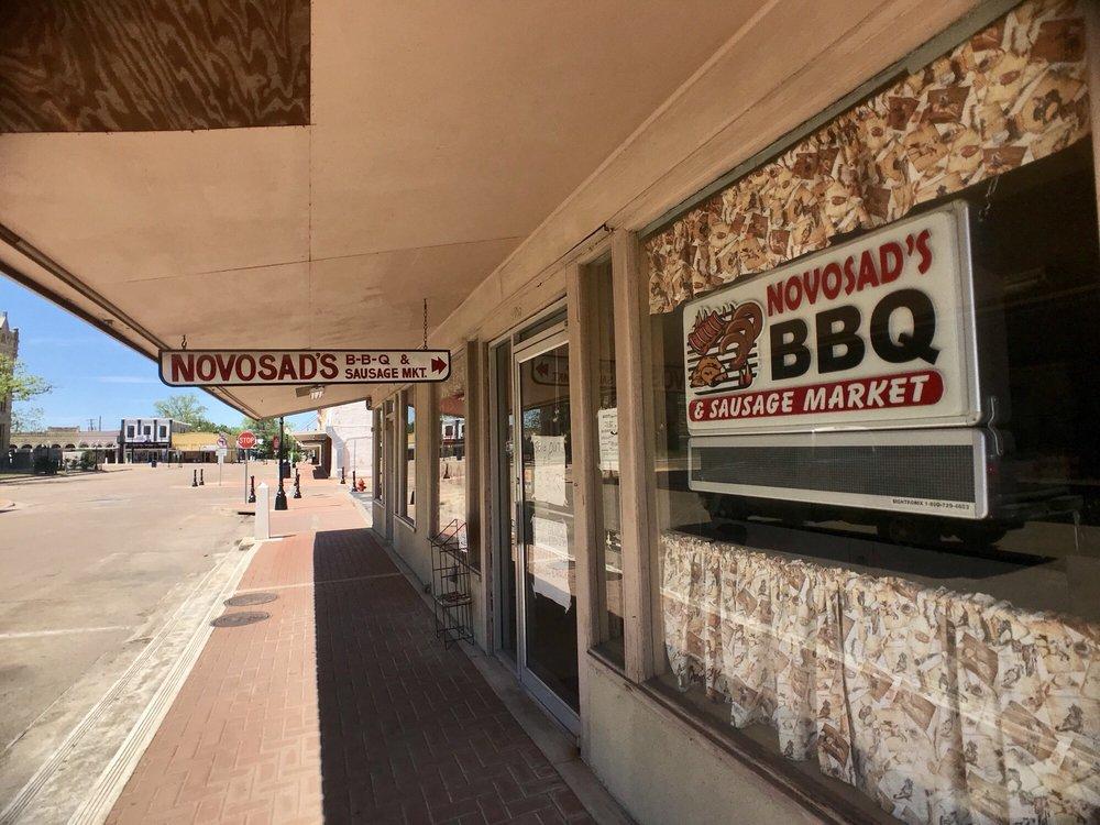 Novosad's Bbq & Sausage Market: 105 S La Grange St, Hallettsville, TX