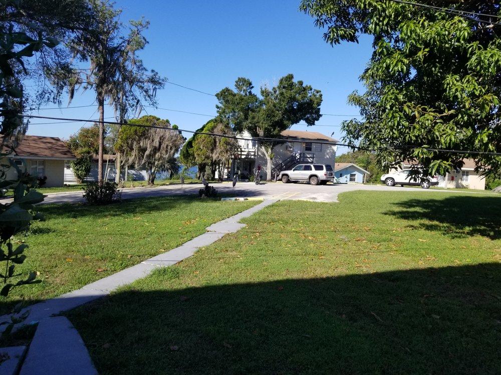 BlueLake Motel: 3724 S Scenic Hwy, Lake Wales, FL