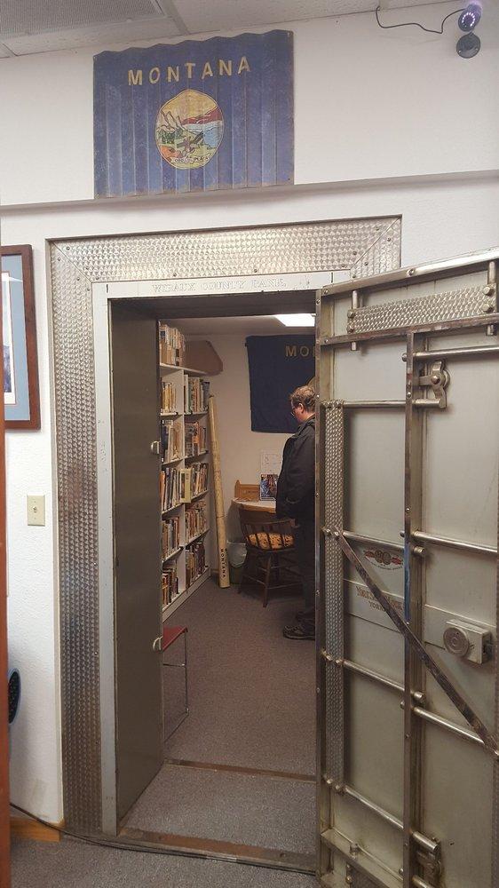 Wibaux County Library: 115 Wibaux St N, Wibaux, MT
