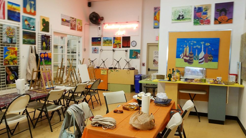 SunDust Gallery Paint & Pottery Studio