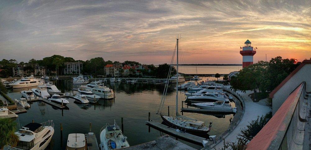 harbour town - 1000×484