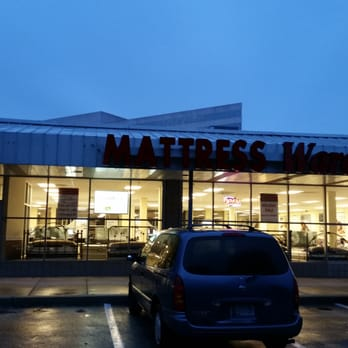 Mattress Warehouse Furniture Stores 11550 Rockville Pike Rockville Md United States