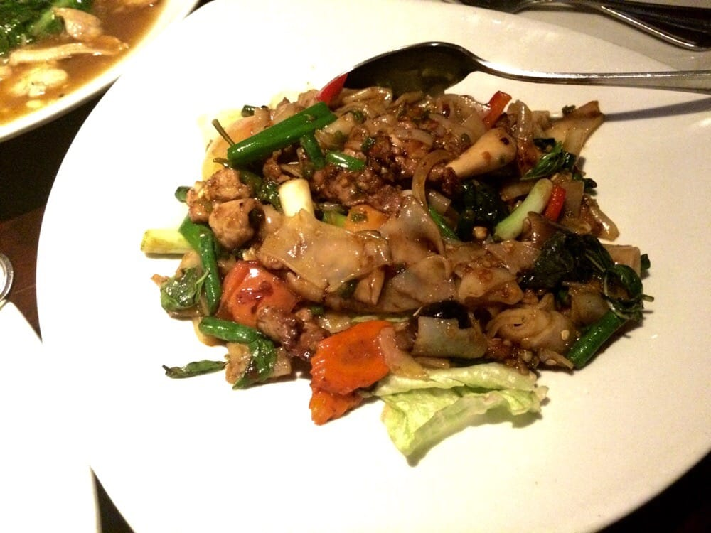 Drunken noodles pretty bland yelp for Ayara thai cuisine los angeles