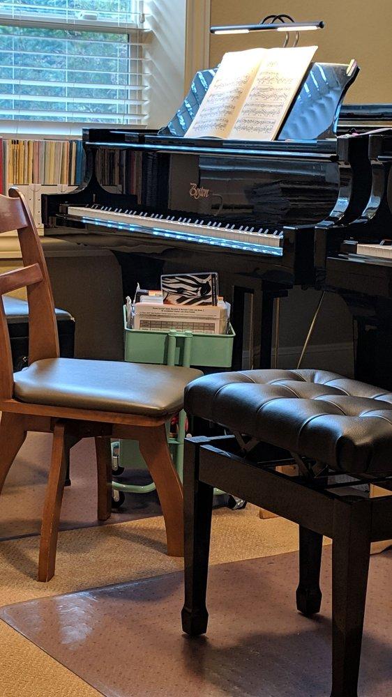 Debbie Lee Piano Studio: 1134 NW 44th Ave, Camas, WA