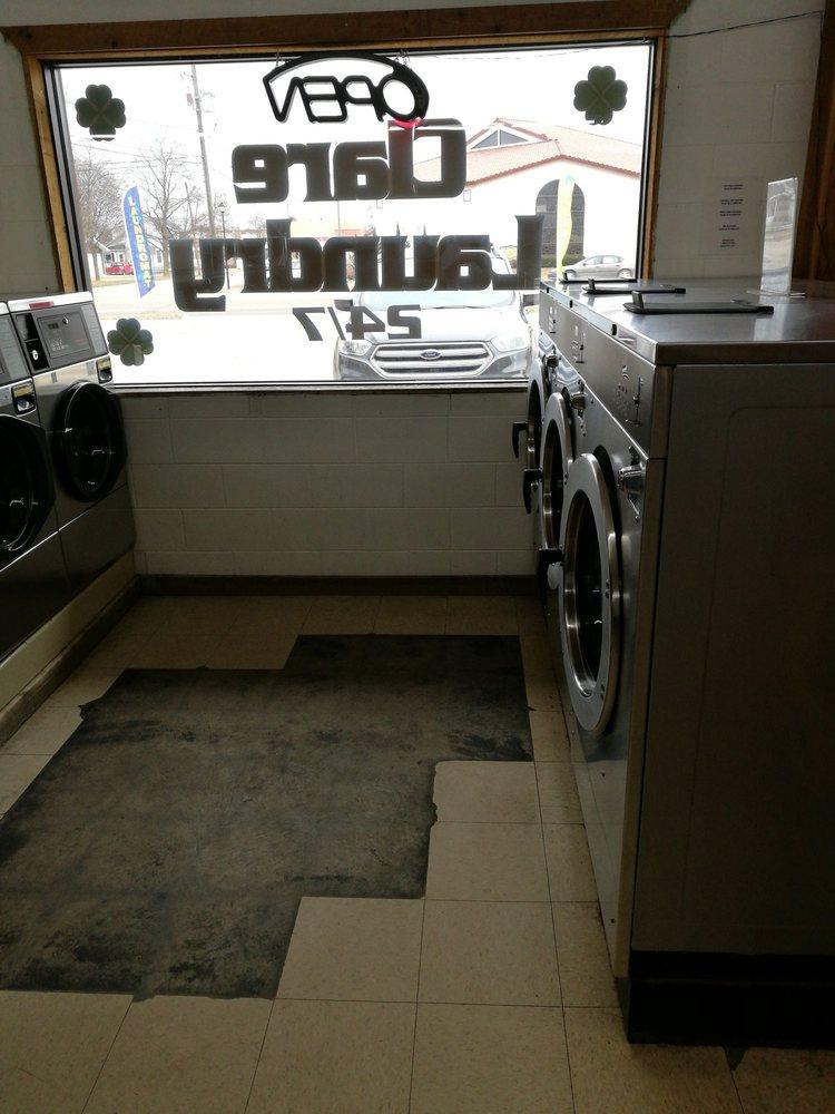 Downtown Laundry: 919 N McEwan St, Clare, MI