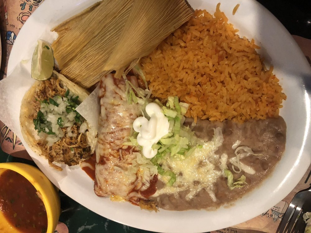 El Real Taco: 219 E Saint Paul St, Spring Valley, IL