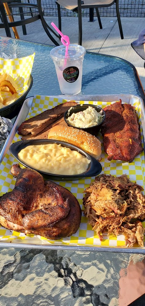 A Taste of Memphis: 138 S Main St, Marion, OH