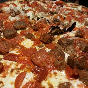 Grimaldi S Pizzeria 92 Photos 205 Reviews Pizza 11701 Lake Victoria Gardens Ave Palm