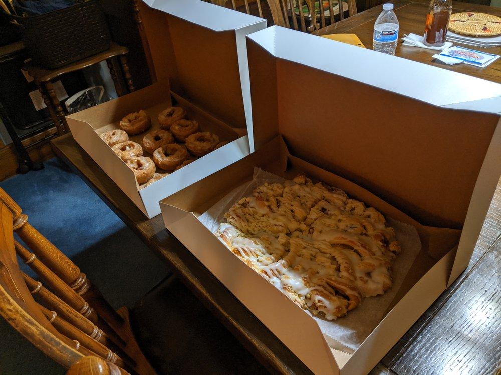 Ron's Donuts & Bakery: 1004 Walnut St, Washington, IL