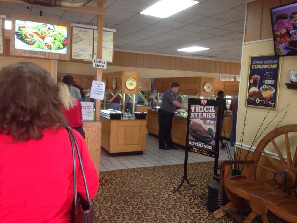 Western Sizzlin Steak House: 1500 W Fourth St, Adel, GA
