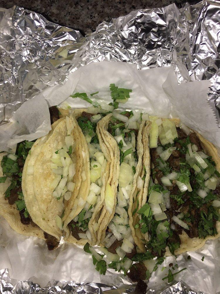 Ricos Tacos Mobil: 11512 Harwin Dr, Houston, TX
